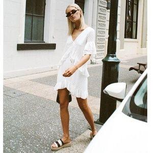 Sabo Skirt White Textured Isa Dress